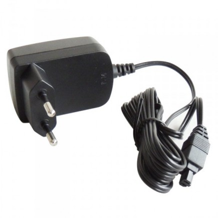 chargeur NS136
